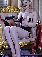 LacyNylons :: Ninette sexy babe in nylons