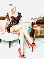 Vintage Style in red Plateau Heels