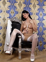 Desyra Noir  puts loveballs in her shaved pussy and masturbate in her pantyhose to orgasm