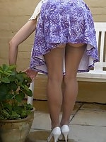 Stocking milf flashes at home