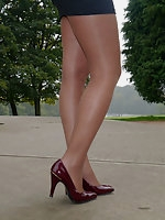 Faye shows off her amazing legs wearing a pair of tall stiletto heels